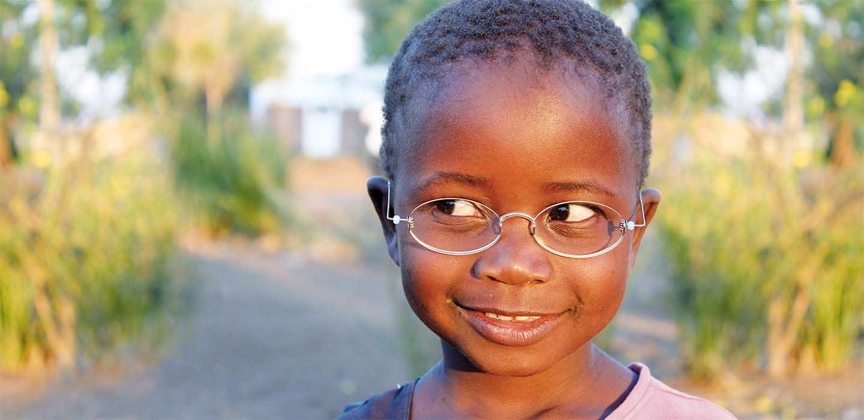 Die Eindollarbrille Hilfe Fur 150 Millionen Menschen